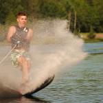 Tom Waterskiing 032