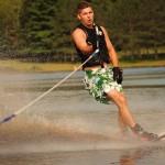 Tom Waterskiing 033