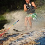 Tom Waterskiing 035