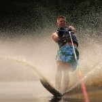 Tom Waterskiing 039