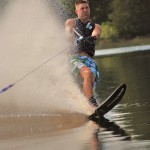 Tom Waterskiing 045