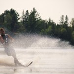 Tom Waterskiing 050