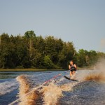 Tom Waterskiing 064