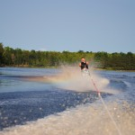Tom Waterskiing 067