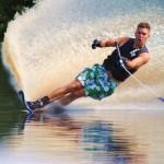 Tom Waterskiing 073
