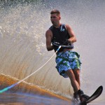 Tom Waterskiing 074